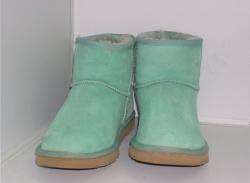Химчистка угг, удаление разводов с обуви